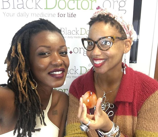 Bout to go live at BlackDoctor.org headquarters with Sandria Washington! Tune in on their official Facebook page now. 👌🏾