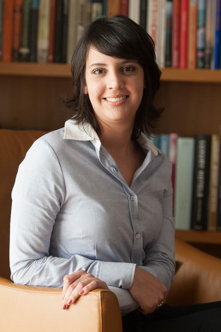 Naiara Magalhães, escritora