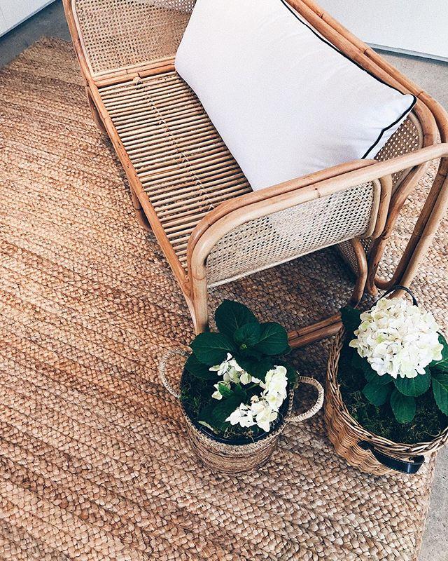 Rattan furniture = perfect summer vibes ☀️
