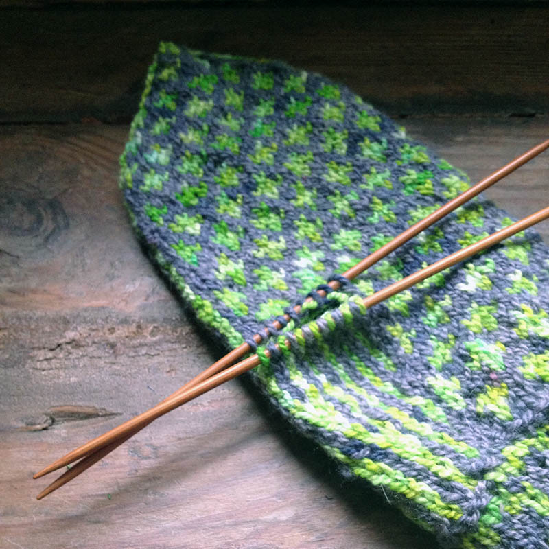 Snowflower Mittens in Dovecote/Acid Green