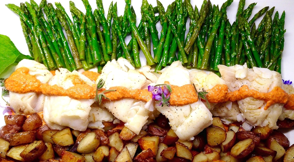 Cod fillets with romesco, potatoes, green beans.jpg