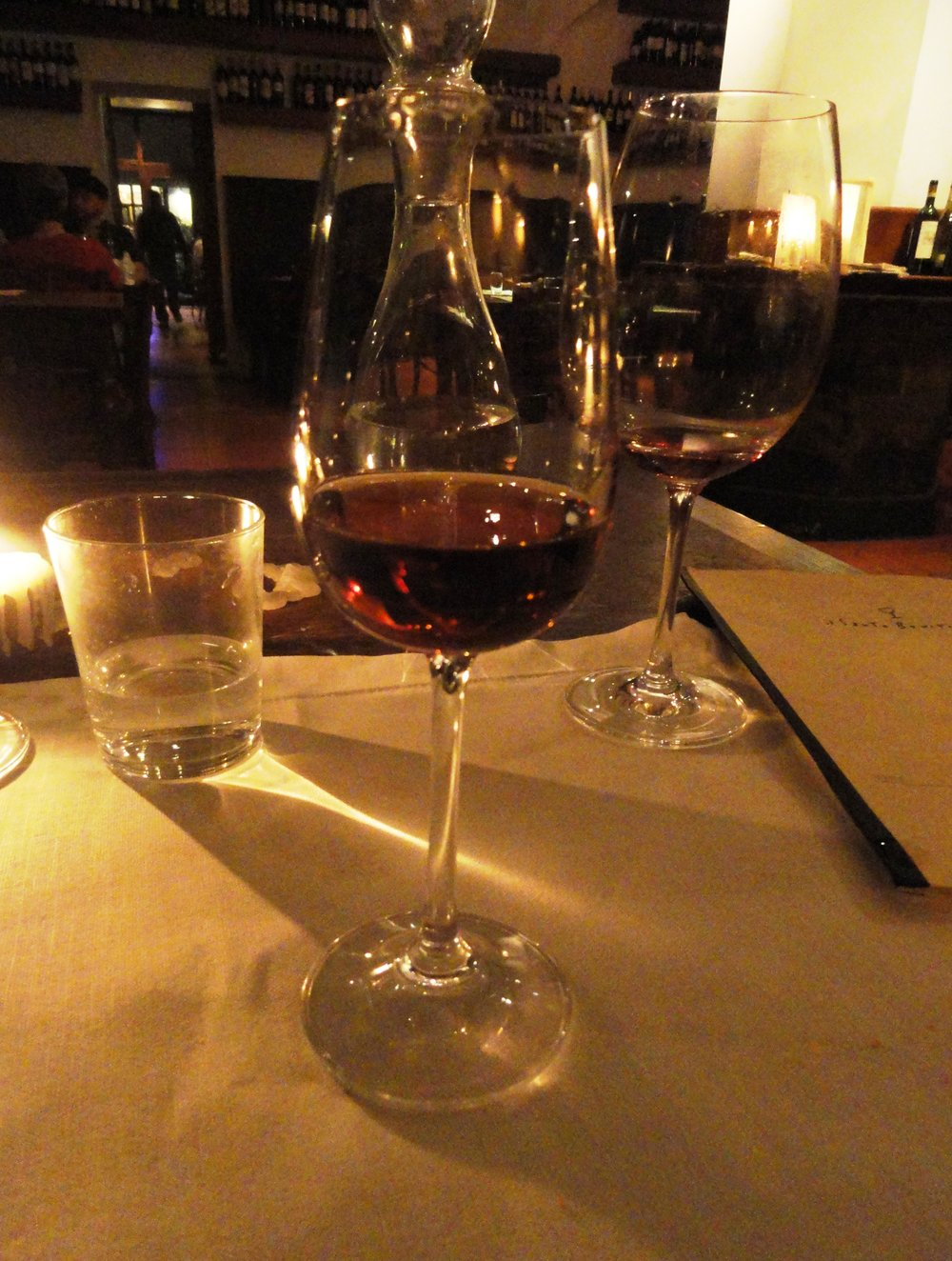 Glass of vinsanto.JPG
