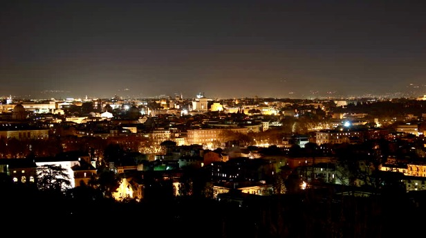 Roma night view gianicolo.jpg