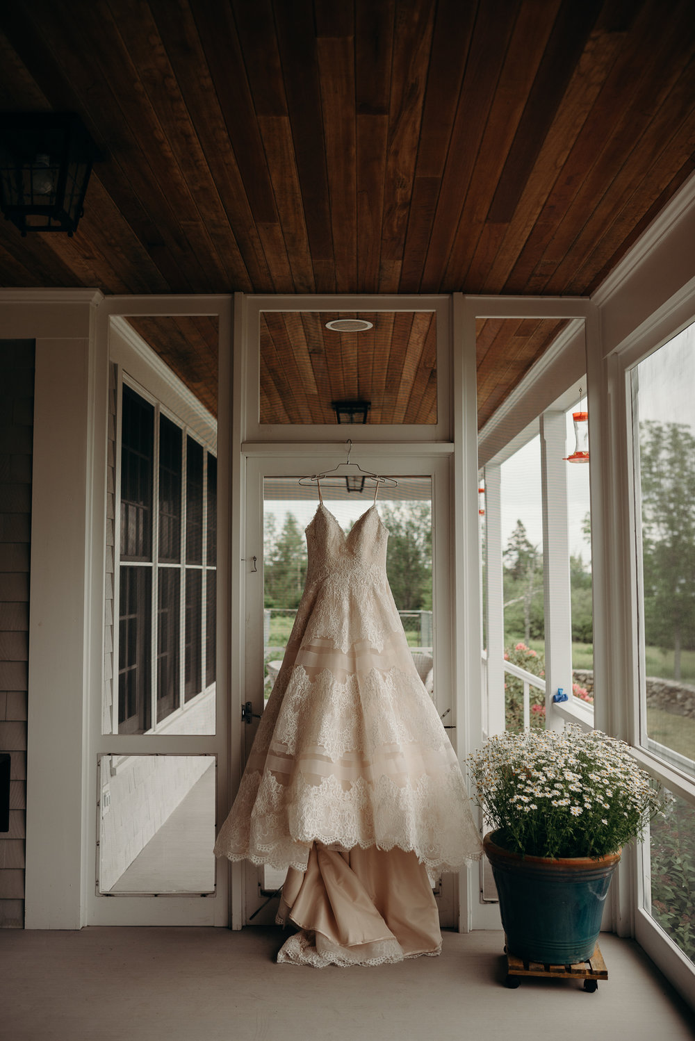 backyardmainewedding-2.jpg