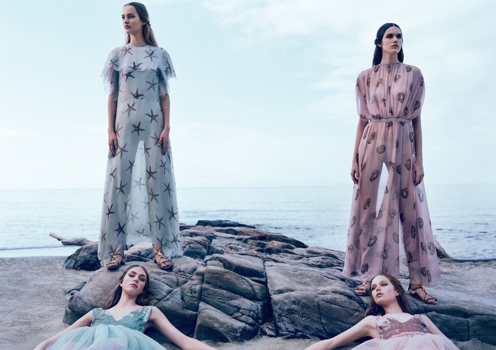 2bd8f-clementine-deraedt-grace-simmons-hedvig-palm-maartje-verhoef-vanessa-moody-by-michal-pudelka-for-valentino-spring-summer-2015-21.jpg