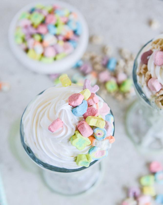 3be68-lucky-charms-milkshake-i-howsweeteats-com-3-3.jpg