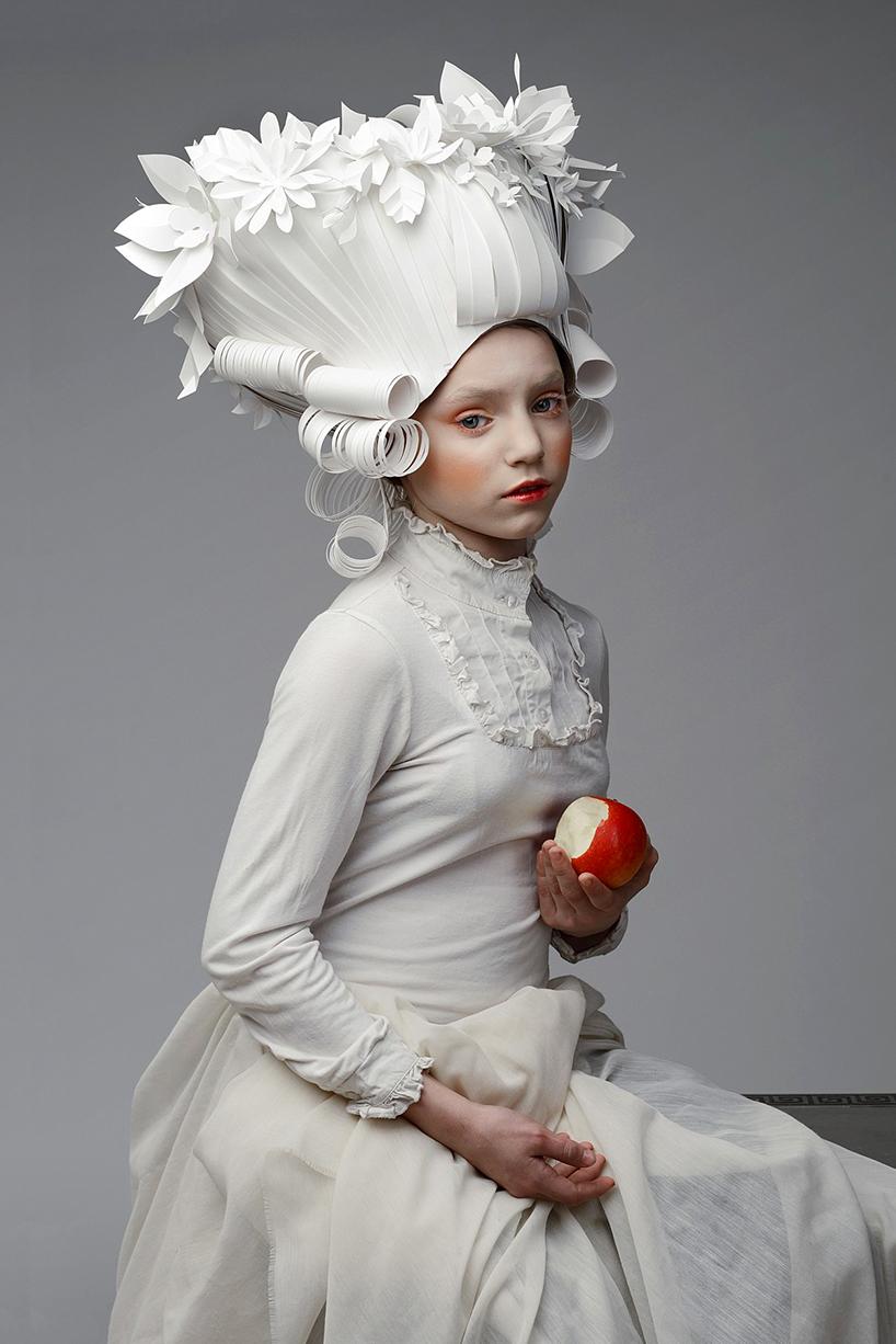 25cd7-baroque-paper-wigs-mongolian-costumes-asya-kozina-etoday-02.jpg
