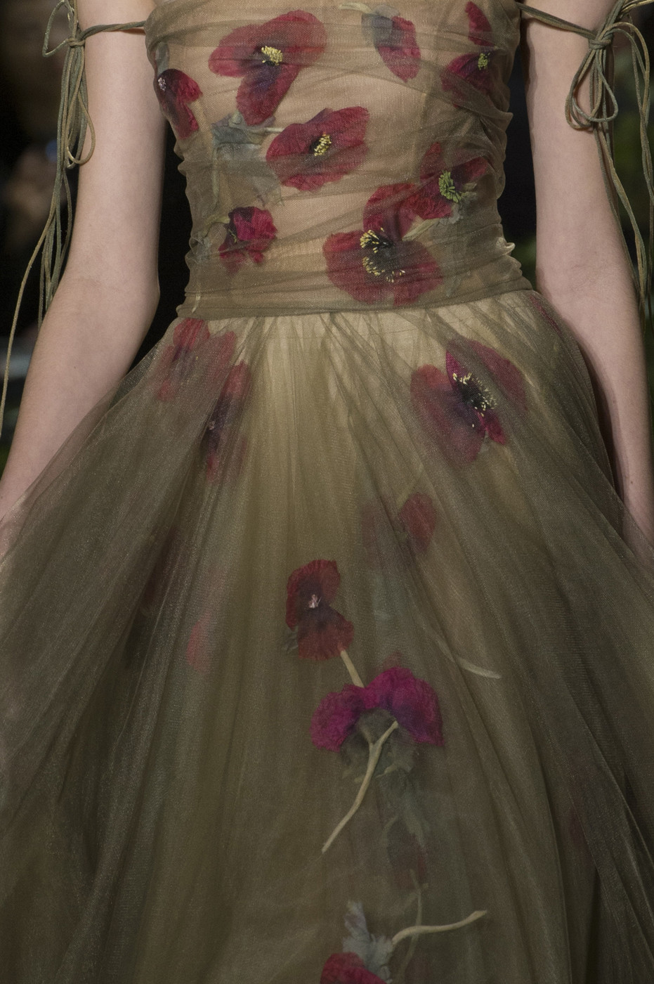Christian+Dior+Spring+2017+Details+btBhTUDkZR9x.jpg
