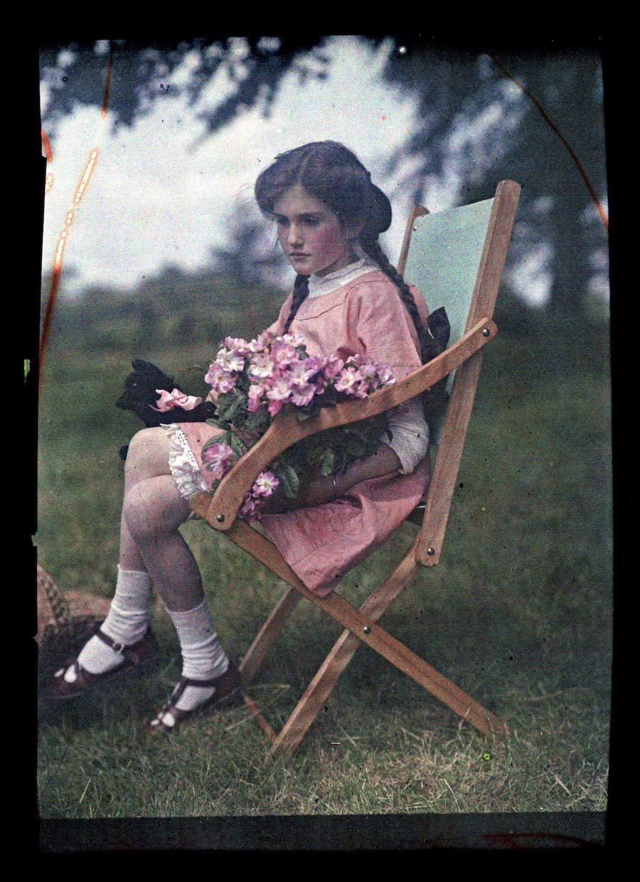 Etheldra-Laing-autochrome-wooden-chair.jpg