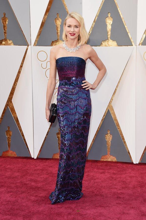 naomi-watts-oscars-red-carpet-2016.jpg