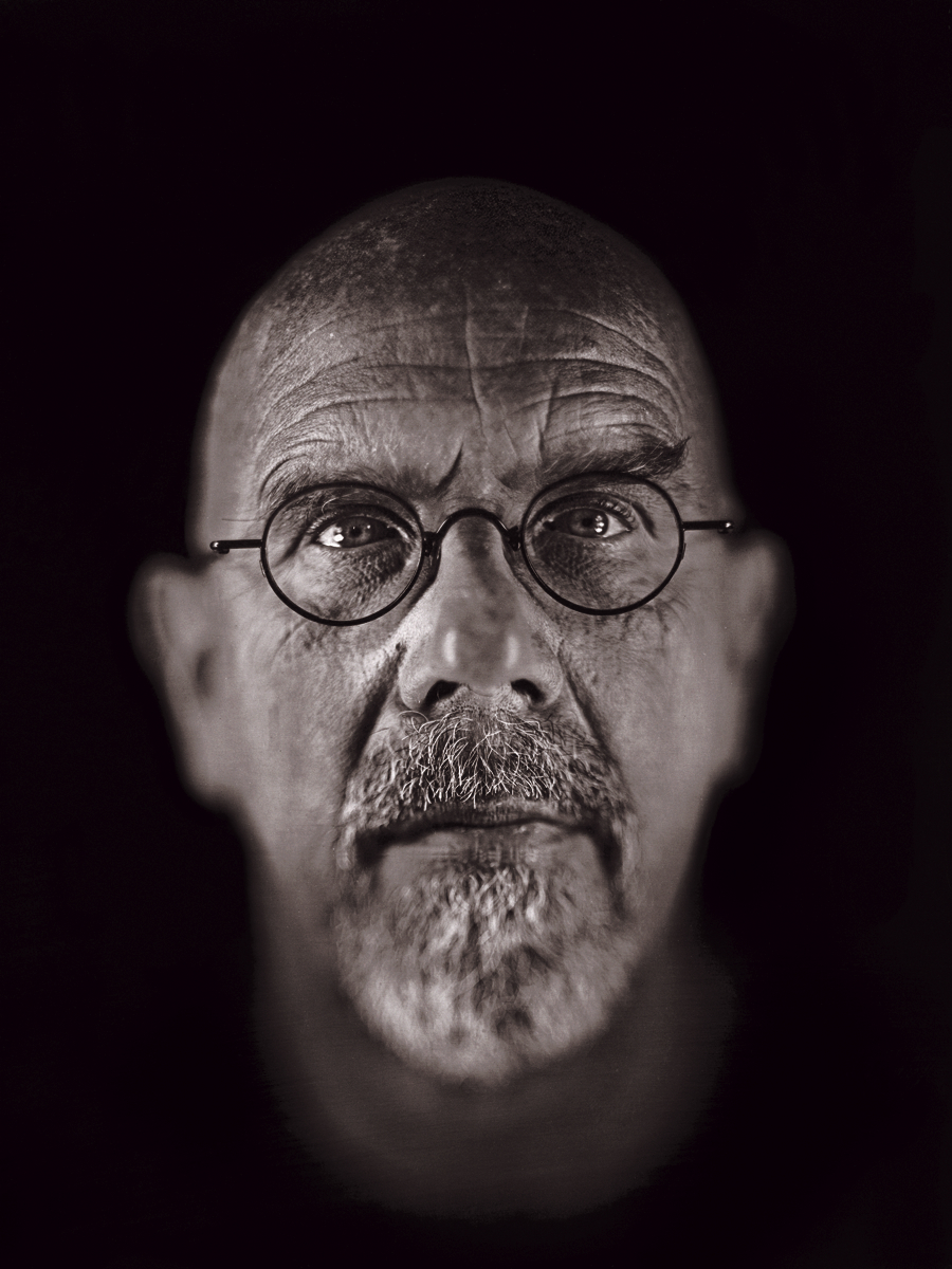 Chuck Close photography self portrait.jpg