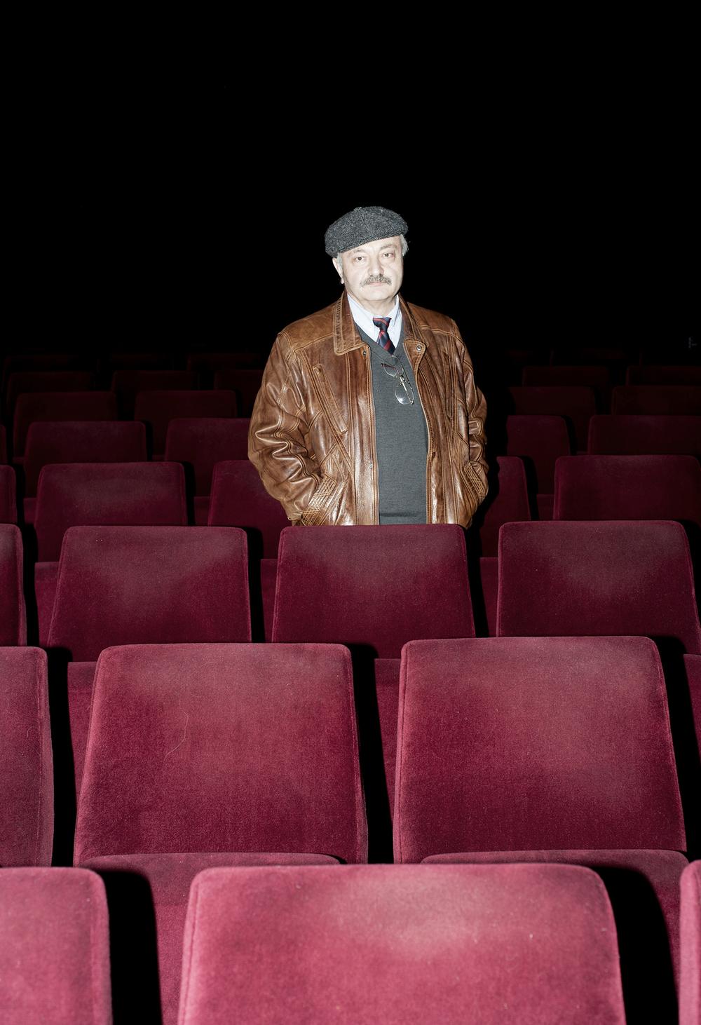 Filmvorführer Alex Osherov ohne.jpg