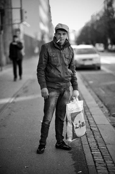 Romanian boy just after leaving prison. © S. Gabriel