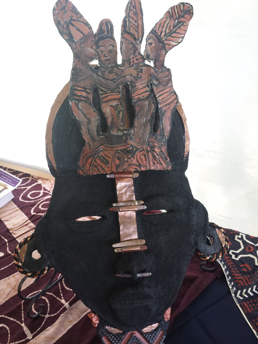 Student's African mask