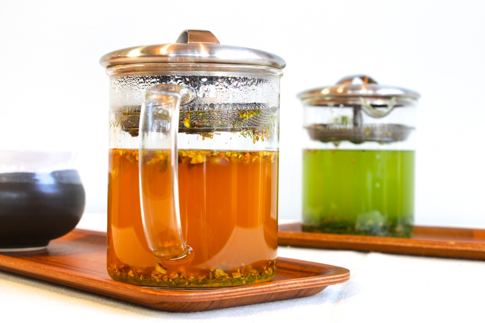 two of our most popular teas:  turmeric spice and ryokucha