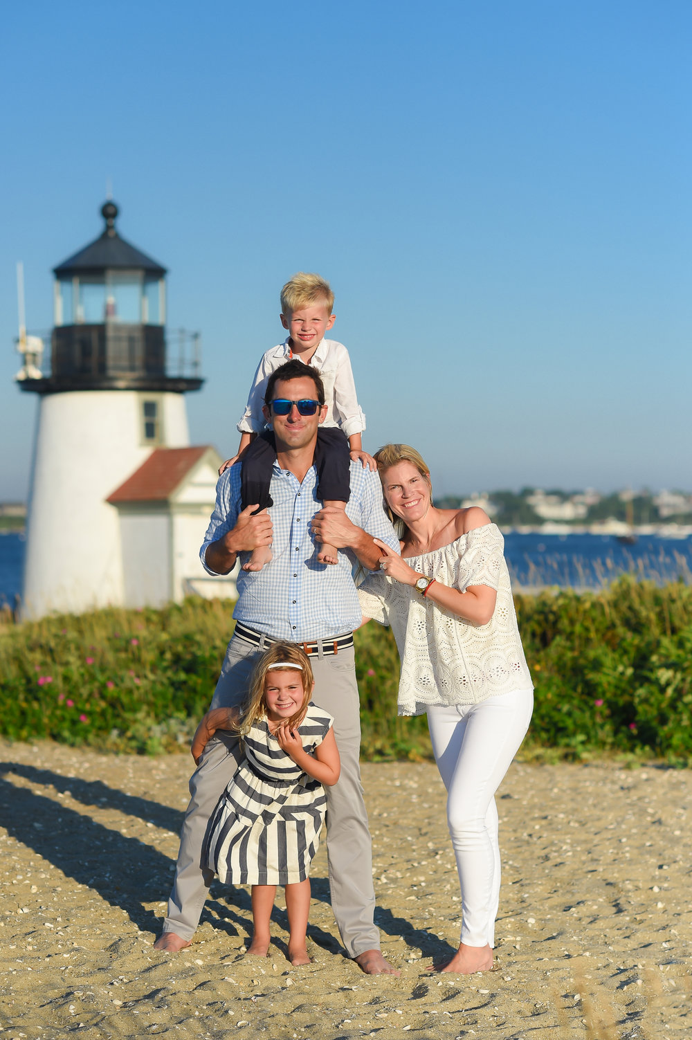 Nantucket Family Photos at Lighthouse