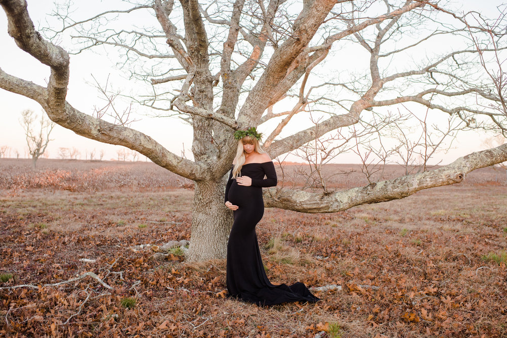 Nantucket Maternity Photos with Lydia