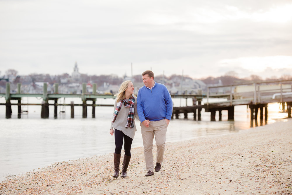 Frank & Grace's Nantucket Engagement Photos at Brant Point Lighthouse