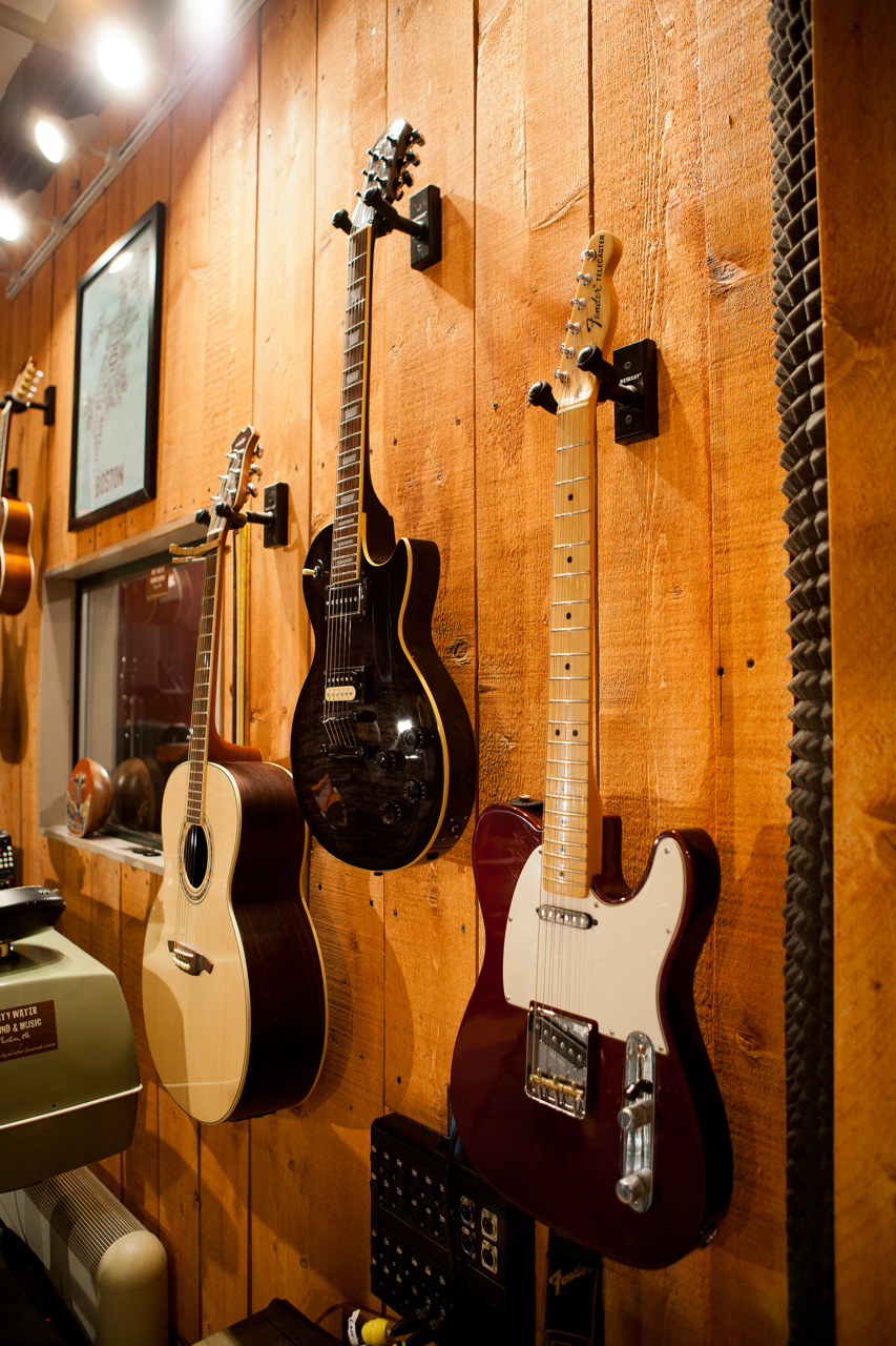 Plenty of guitars & basses.