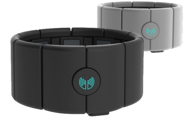 The MYO Armband - superior to the Kinect, it is the real computer mouse replacement
