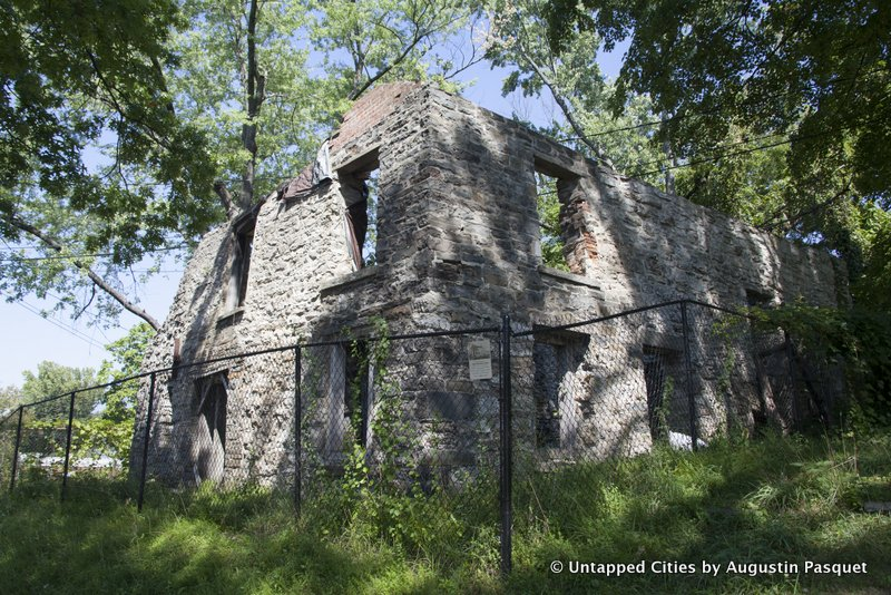 Kingston-Hudson-Valley-Stockade-Historic-District-Louw-Bogardus-House-Ruin.jpg