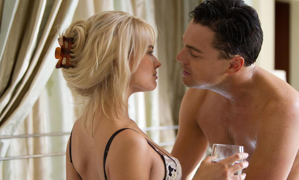 still-of-leonardo-dicaprio-and-margot-robbie-in-the-wolf-of-wall-street-(2013)-large-picture.jpg