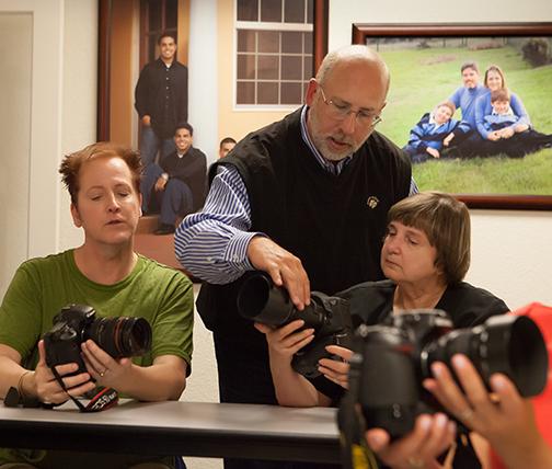 Terry VanderHeiden teaching  Digital Photography classes  in Pleasanton, California.