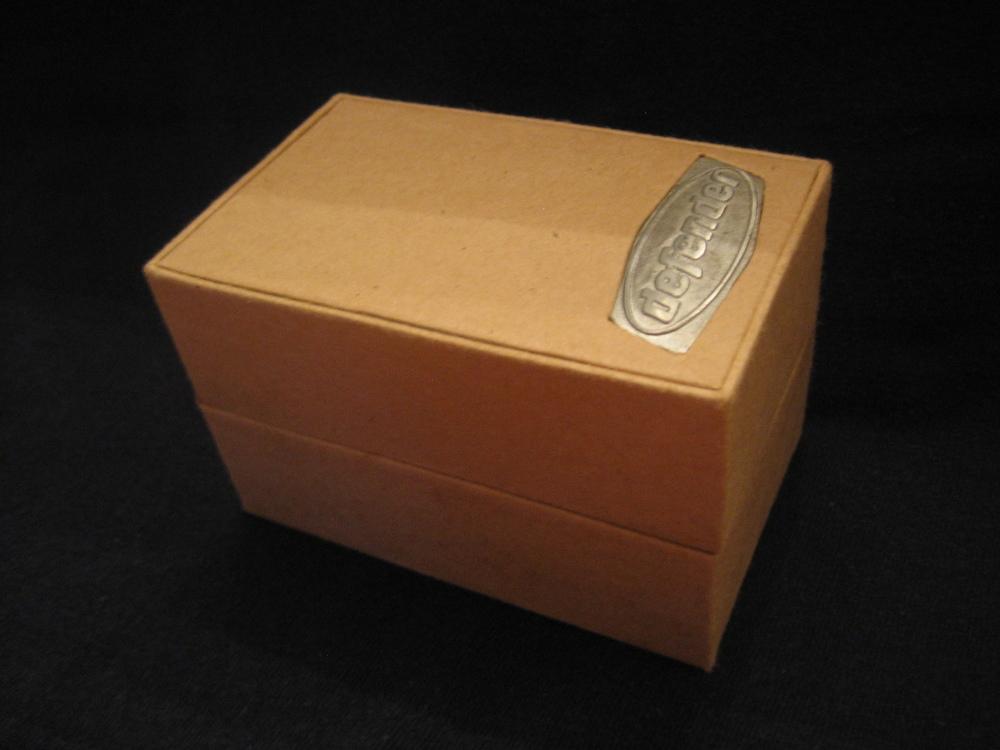 DE-1507 box (3).JPG