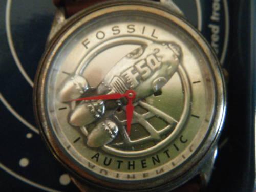 CaptainFossil_Watch_Face.jpg