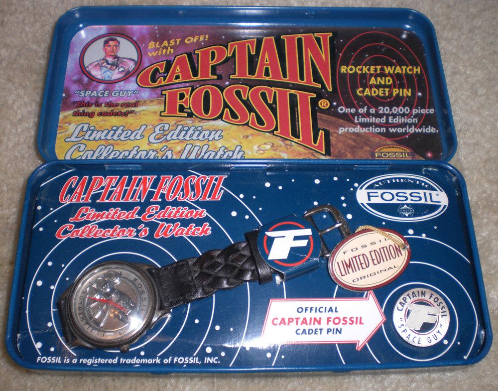 CaptainFossil_Watch&Tin.jpg