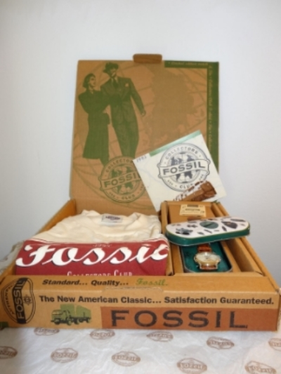 1995 Fossil Collectors Club Kit