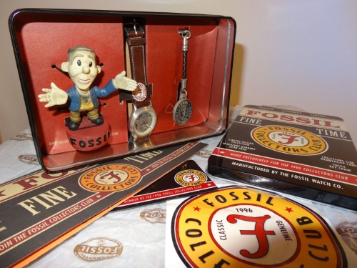 1996 Fossil Collectors Club Kit