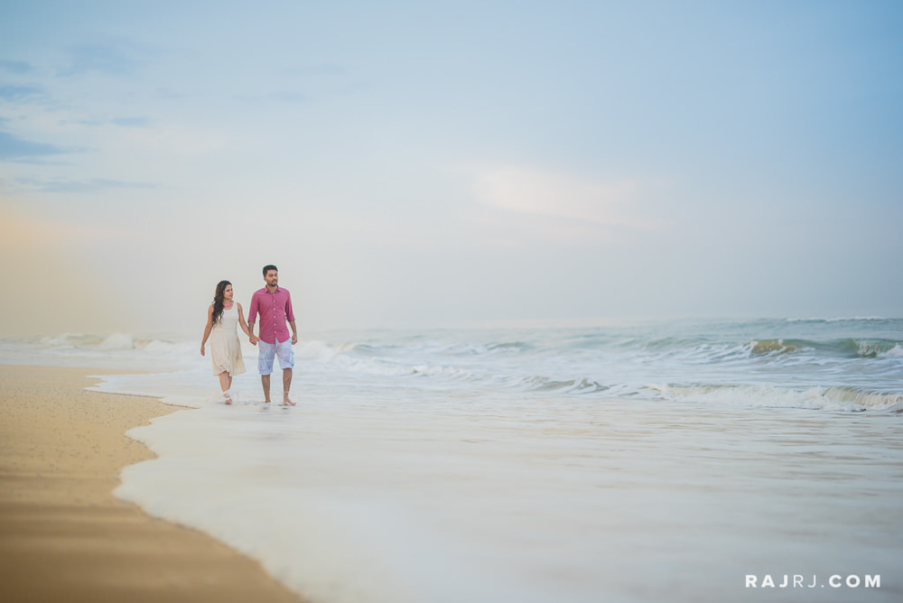 Couple_Shoot_Pondicherry_Le_Pondy_Beach-13.jpg