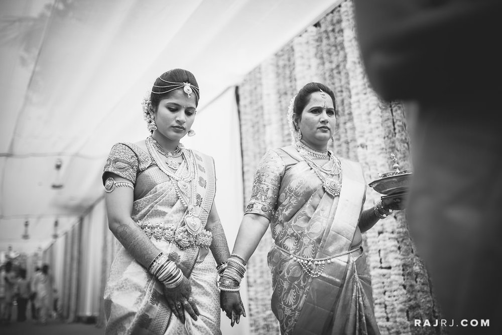 Ashmitha_Darshan_Udupi_Wedding_Photography_-57.jpg