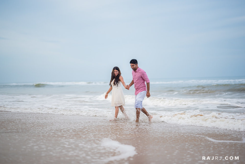 Couple_Shoot_Pondicherry_Le_Pondy_Beach-6.jpg