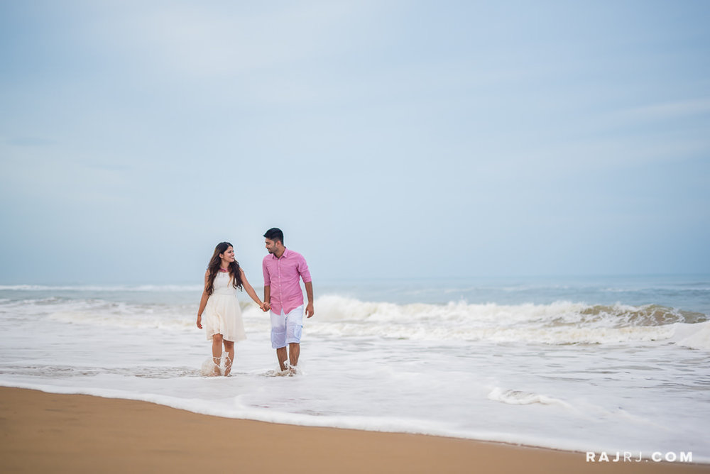 Couple_Shoot_Pondicherry_Le_Pondy_Beach-9.jpg