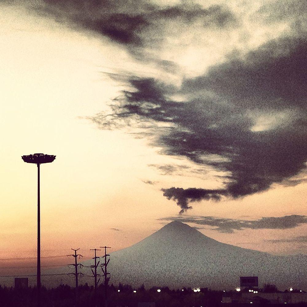 Volcán_Popocatépetl.jpeg.jpeg