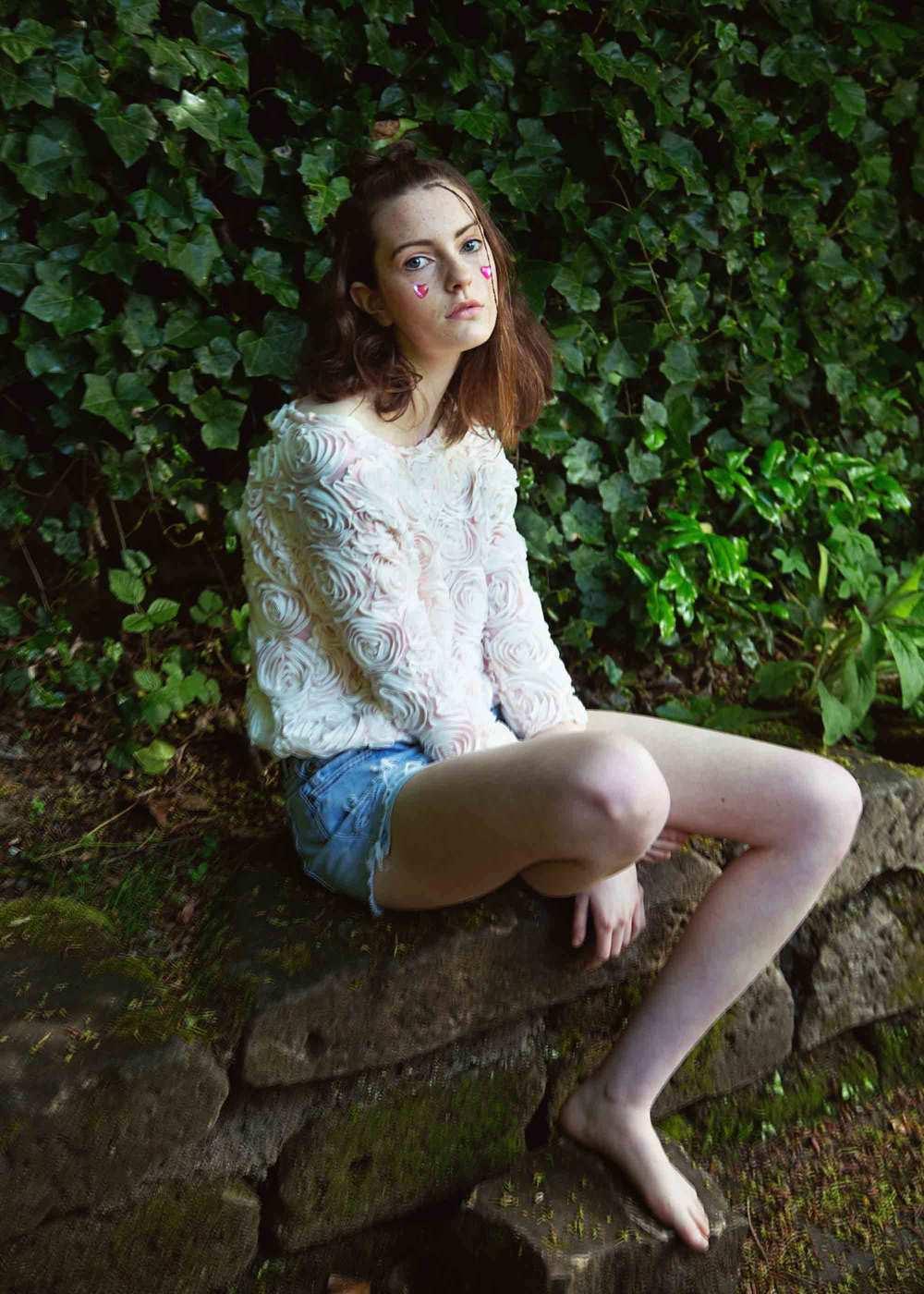 jumper: vintage;  shorts: levi's