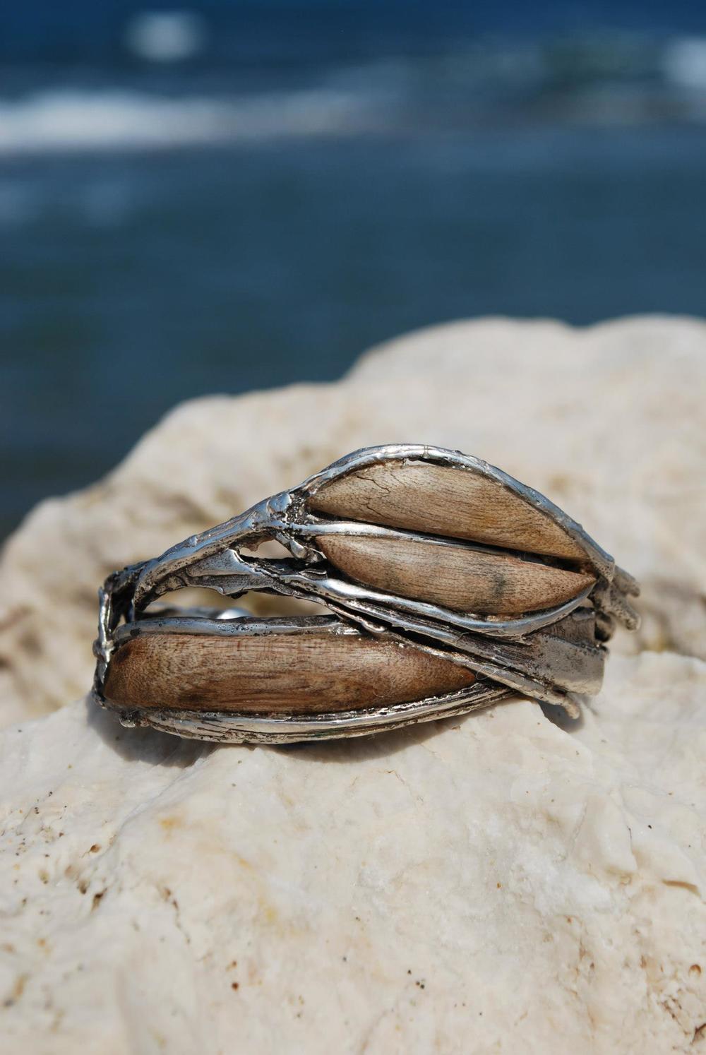 driftwood bracelet.jpg
