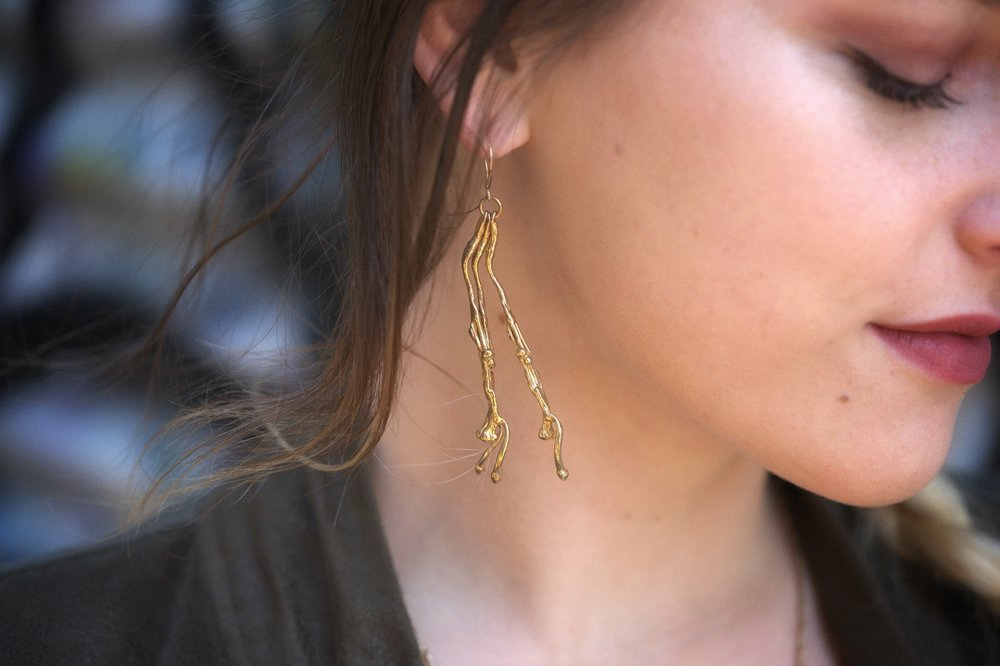 5_climbing_vine_earrings.PNG