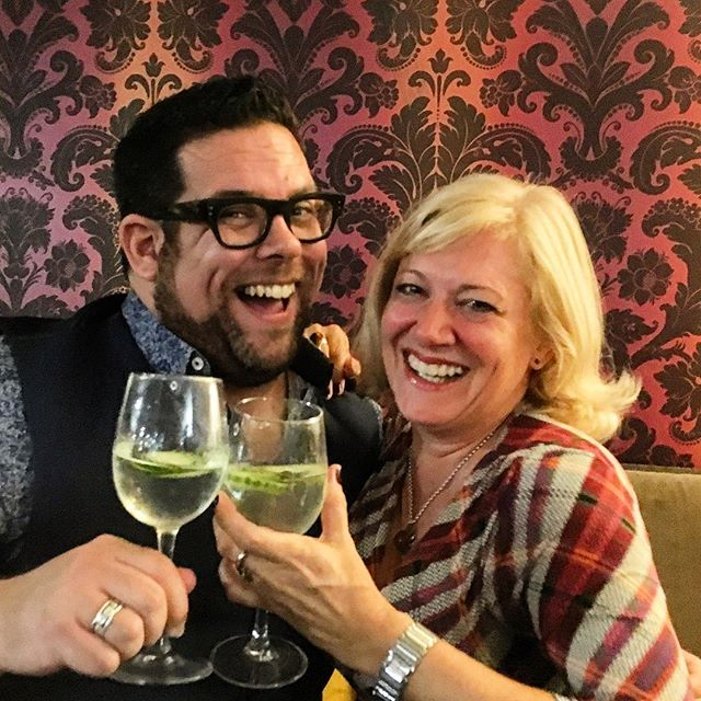 In the past week I've been #Networking for what seems like the first time in ages with a new bunch of people...and of course this #fabulous one @jojamesamber...met some great people and really worked @madamgenevaandgent in the room...such a buzz getting out there and meeting new people again! • Bring on #ContactsAndCuisine this afternoon! • #eventprofs #network #madamgenevaandgent #wilwattsevents #london #buisnessnetworking #ginplease #ginlover #eventmanager #londoneventsmanager #boutiqueeventsagency #gintasting #ginexperiences #makeithappen #gettheamberlife #ginstagram #cucumberginspritz #londoneventsagency #eventsplanner #eventdesigner #eventsdesign #londonevents #business #iwil2018