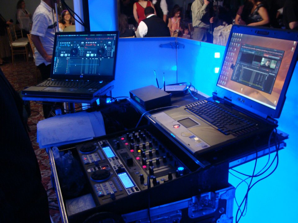 DJ BLUE-Equipment.jpg