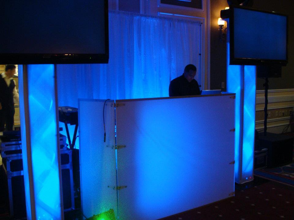 DJ BLUE.jpg