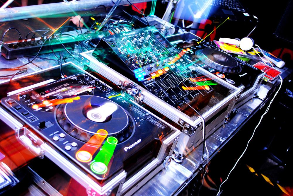 lighting- DJ.jpg