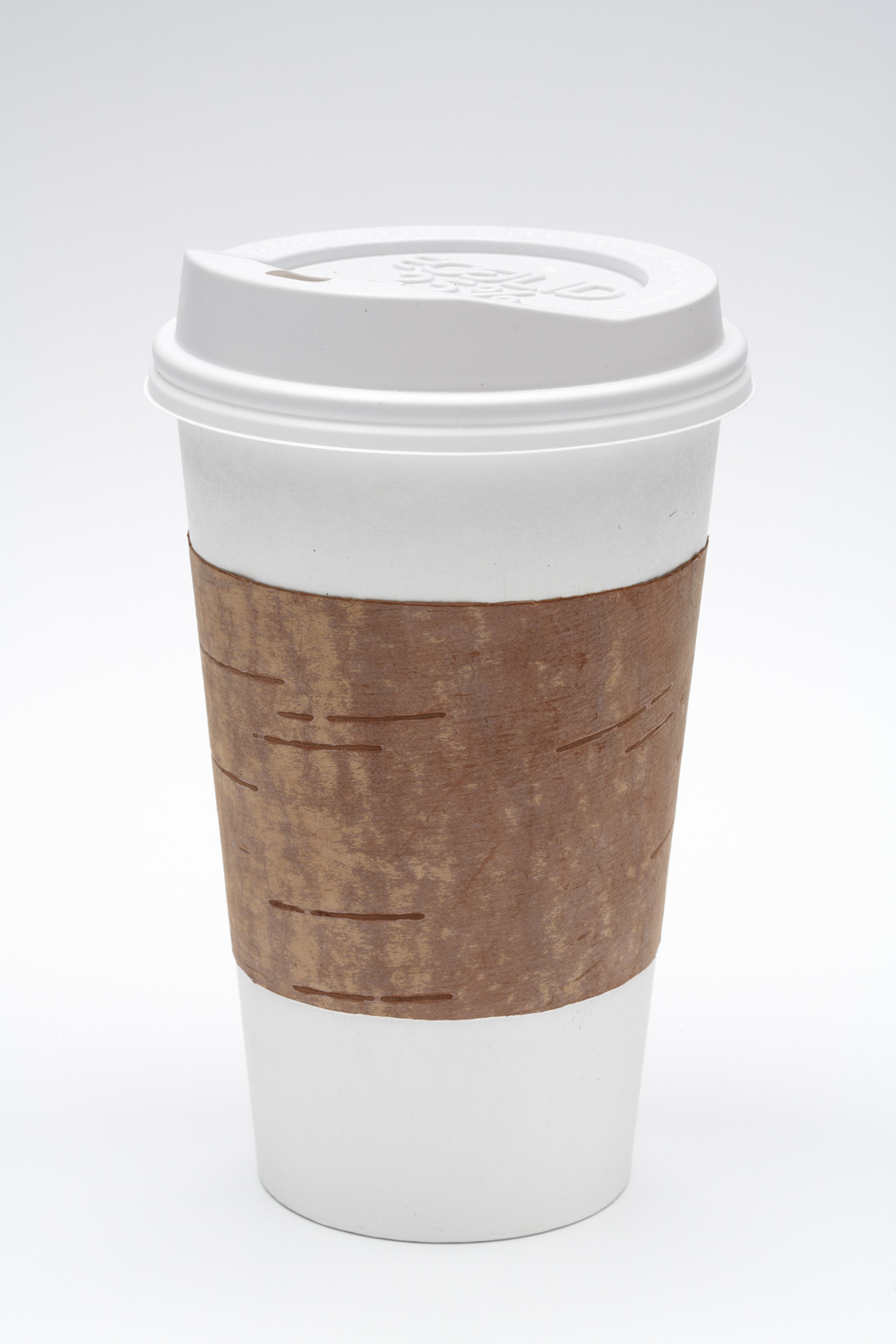 Convenience   disposable coffee cup with birch bark sleeve