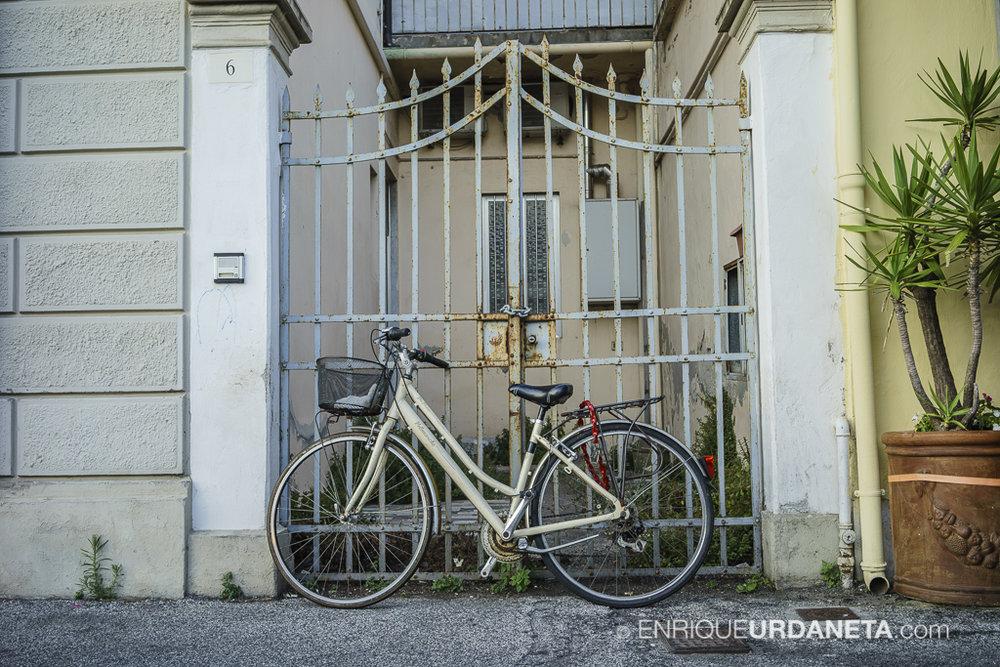 Viareggio_Italy_by-Enrique-Urdaneta-20170615-6.jpg