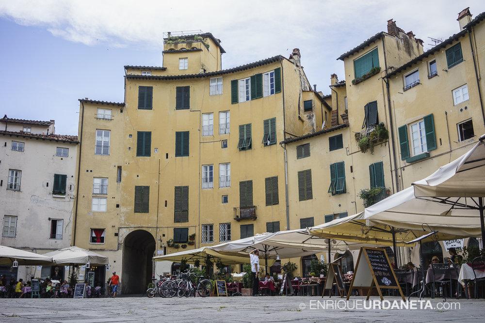 Lucca_Italy_by-Enrique-Urdaneta-20170616-2.jpg