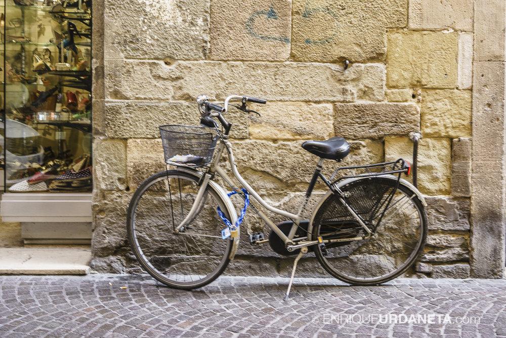 Lucca_Italy_by-Enrique-Urdaneta-20170616-8.jpg