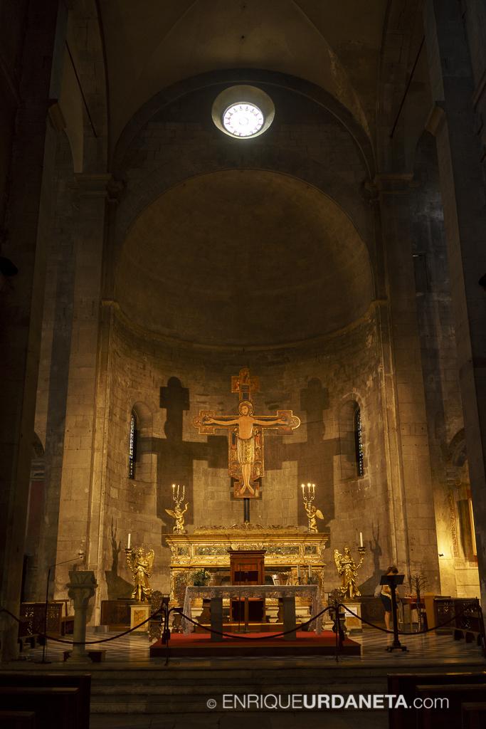 Lucca_Italy_by-Enrique-Urdaneta-20170616-14.jpg