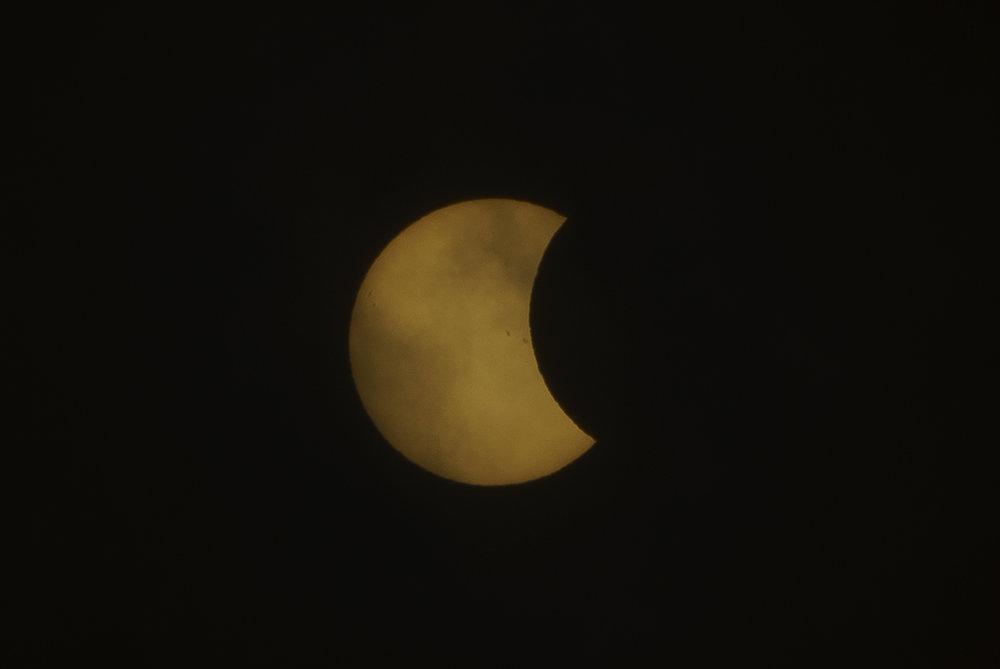 Eclipse_by_Enrique-Urdaneta_20170821-003.jpg